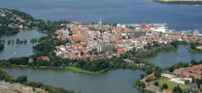 Im Rügen Urlaub ein Ausflug nach Stralsund
